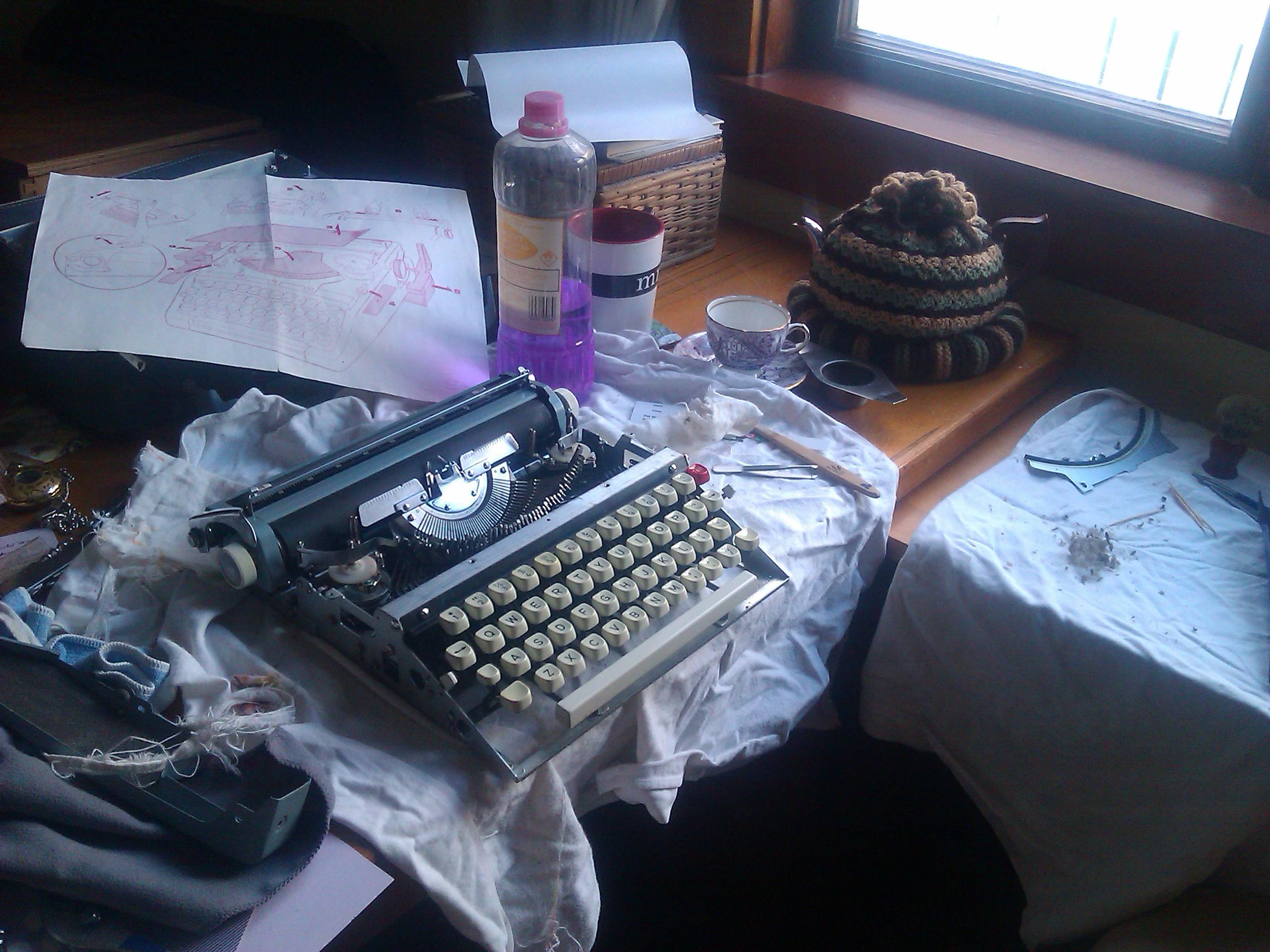 typewriter clean