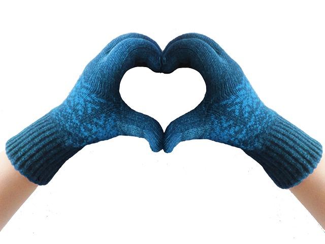 gloves-1601400_640