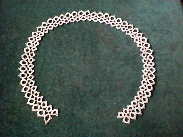 simple tatted lace collar